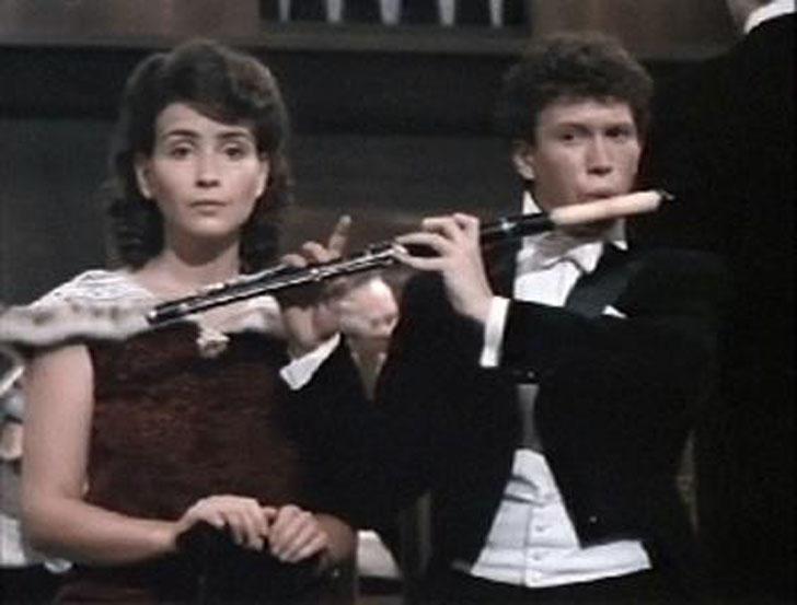 1strolespt1 18 Любимые советские актеры. Первые роли в кино. Часть 1