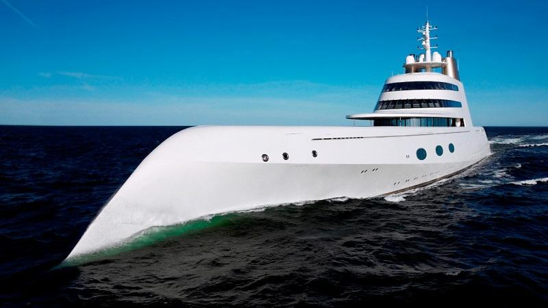 AYacht01 Причуды российских олигархов — яхта Мельниченко