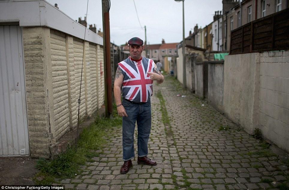 OAPs01 Седина в бороду, бес в ребро — как тусят британские престарелые панки
