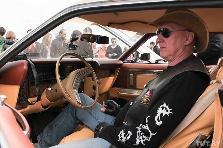 RetroAuto08 Ретропарад в седьмой раз собрал любителей автомобильной классики в Минске