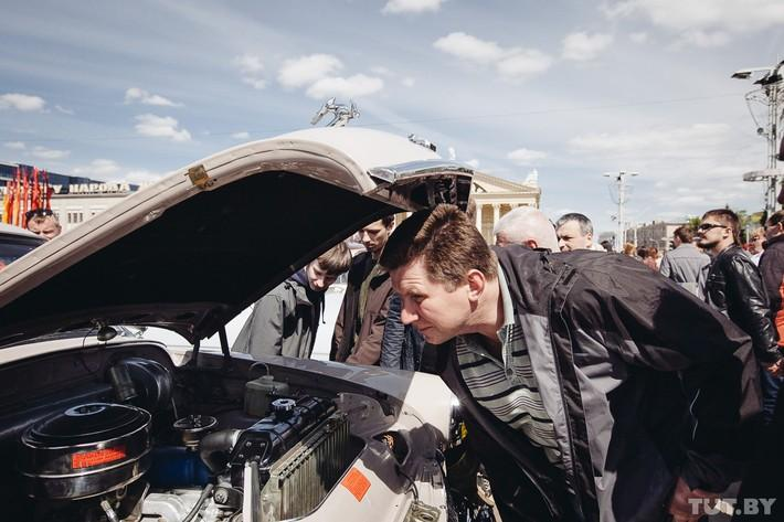 RetroAuto29 Ретропарад в седьмой раз собрал любителей автомобильной классики в Минске