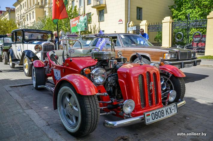 RetroAuto36 Ретропарад в седьмой раз собрал любителей автомобильной классики в Минске