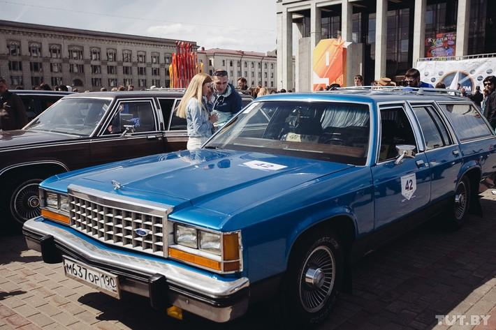 RetroAuto49 Ретропарад в седьмой раз собрал любителей автомобильной классики в Минске