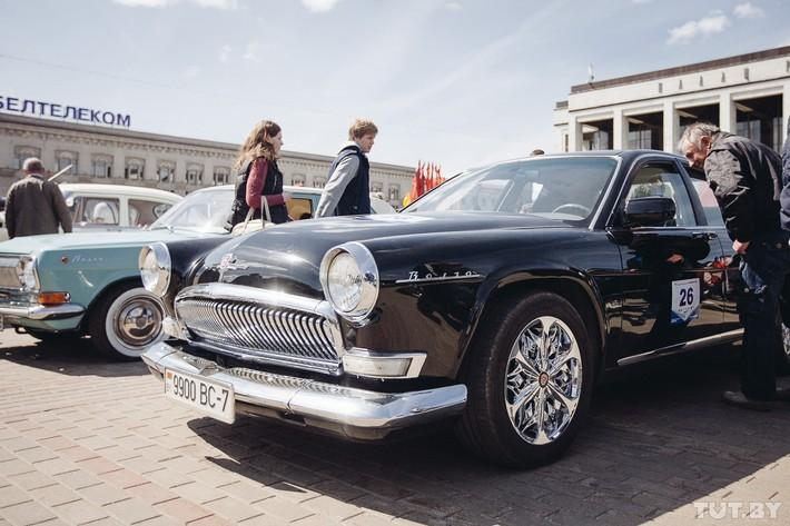 RetroAuto50 Ретропарад в седьмой раз собрал любителей автомобильной классики в Минске