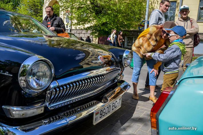 RetroAuto51 Ретропарад в седьмой раз собрал любителей автомобильной классики в Минске