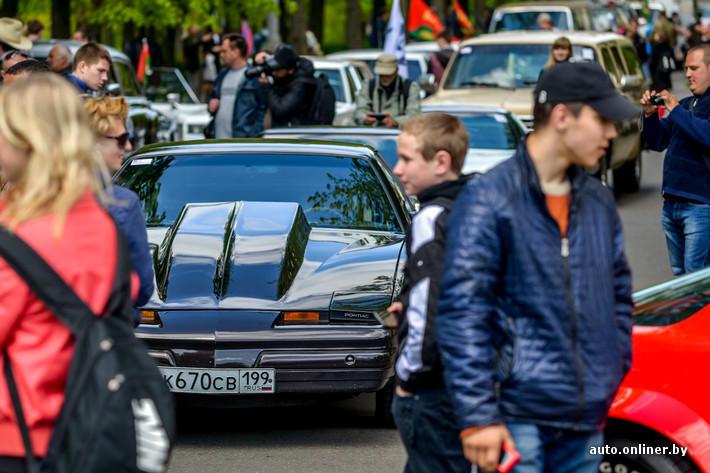 RetroAuto83 Ретропарад в седьмой раз собрал любителей автомобильной классики в Минске
