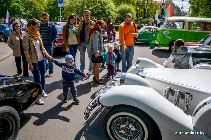 RetroAuto90 Ретропарад в седьмой раз собрал любителей автомобильной классики в Минске