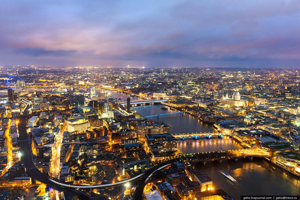 В лондоне чуть более 30 мостов через