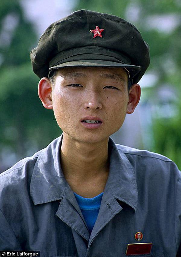insideNorthKorea04 Запрещенные фотографии — Северная Корея, снятая скрытой камерой