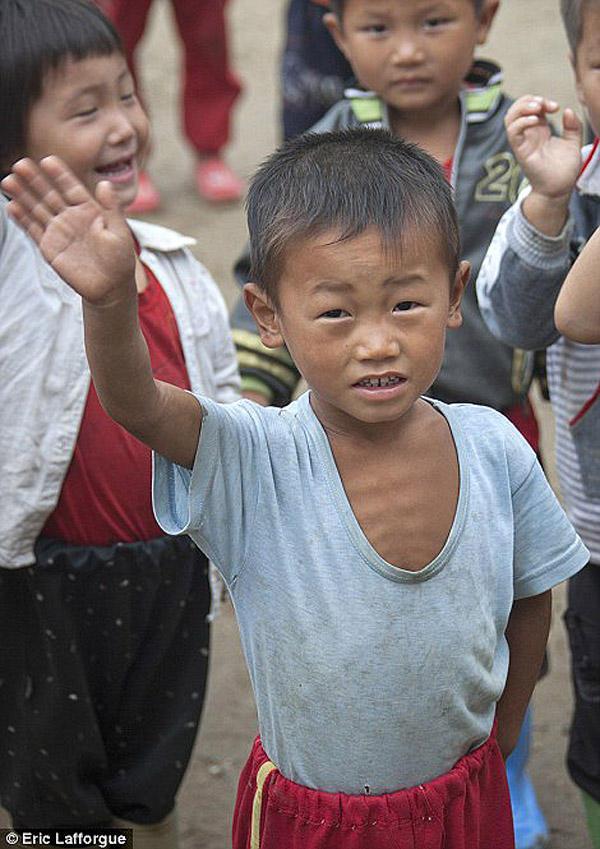 insideNorthKorea05 Запрещенные фотографии — Северная Корея, снятая скрытой камерой