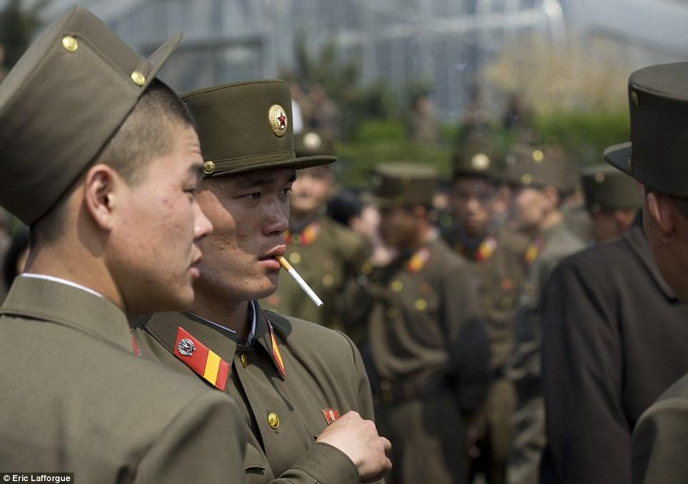 insideNorthKorea11 Запрещенные фотографии — Северная Корея, снятая скрытой камерой
