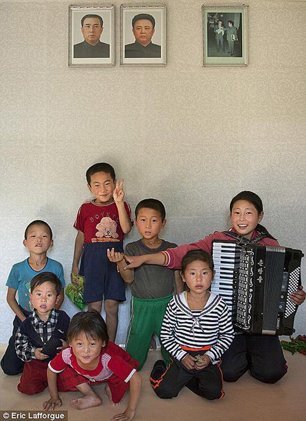 insideNorthKorea23 Запрещенные фотографии — Северная Корея, снятая скрытой камерой