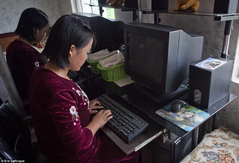 insideNorthKorea32 Запрещенные фотографии — Северная Корея, снятая скрытой камерой