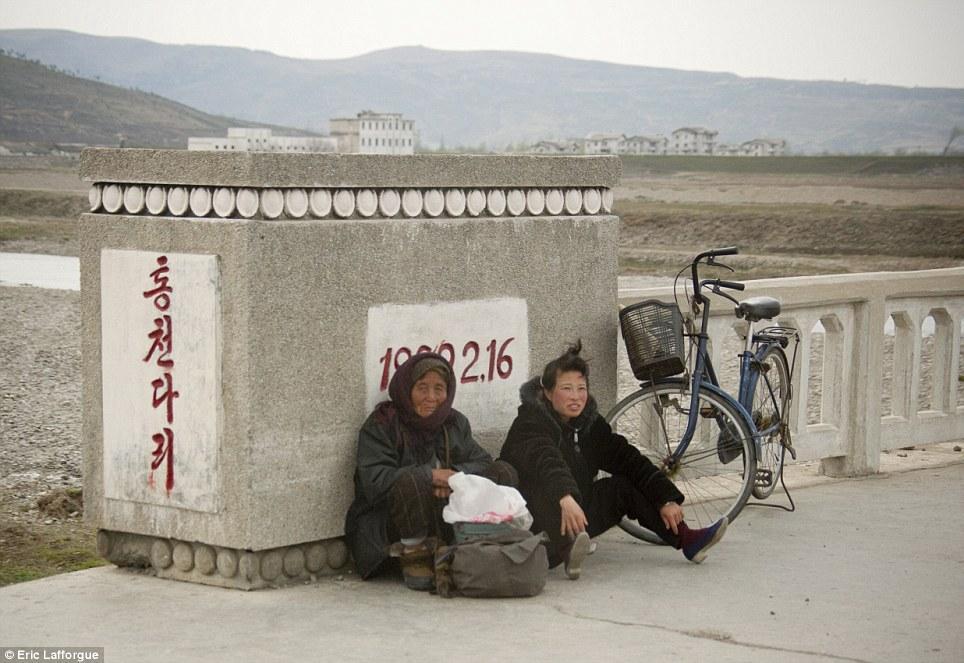 insideNorthKorea33 Запрещенные фотографии — Северная Корея, снятая скрытой камерой