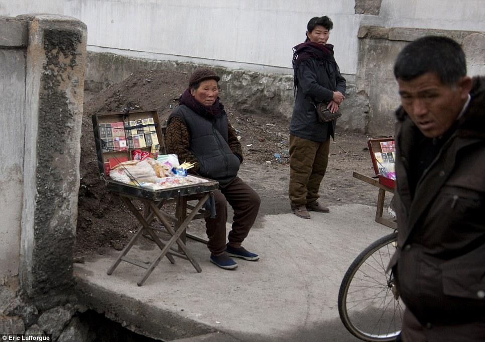 insideNorthKorea34 Запрещенные фотографии — Северная Корея, снятая скрытой камерой