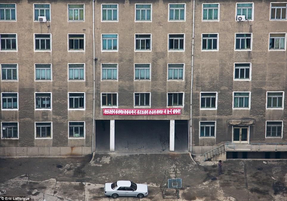 insideNorthKorea38 Запрещенные фотографии — Северная Корея, снятая скрытой камерой