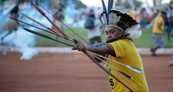 Индейцы против футбола