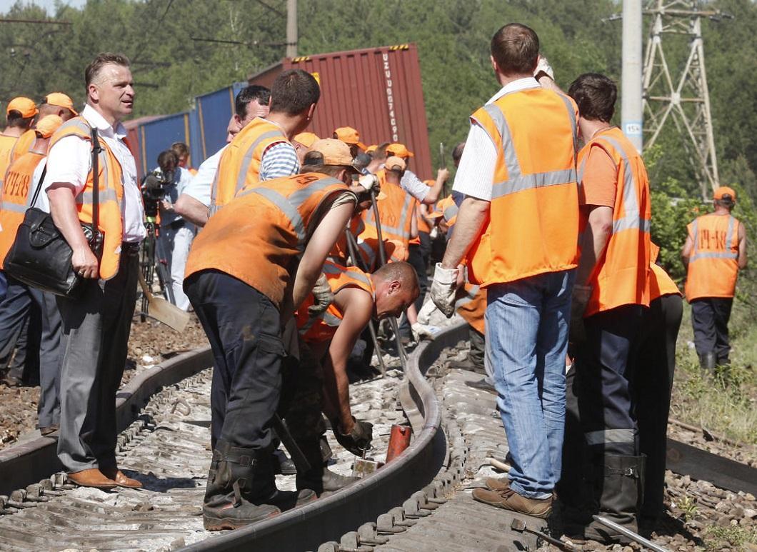 stolknovenie poezdov 1 Трагедия на железной дороге в Подмосковье