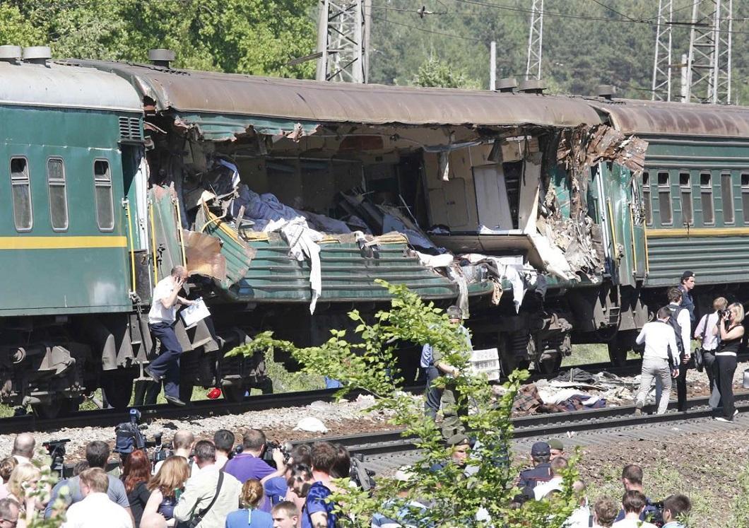 stolknovenie poezdov 4 Трагедия на железной дороге в Подмосковье