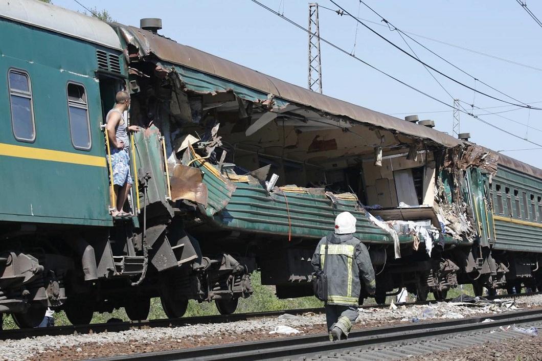 stolknovenie poezdov 6 Трагедия на железной дороге в Подмосковье