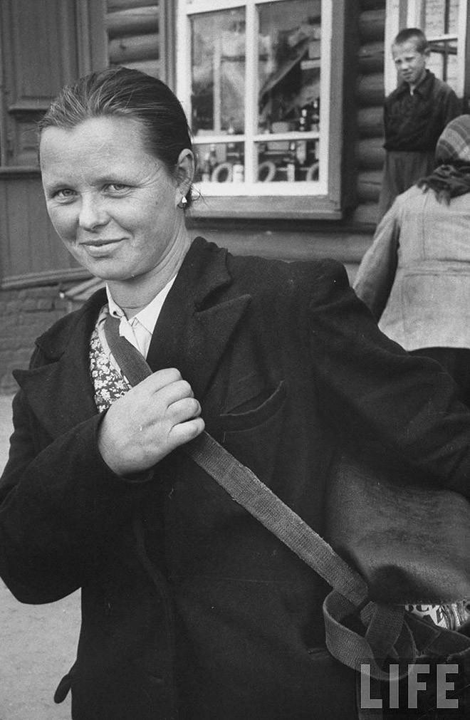 ByLarsen42 Москвички в 1956 году