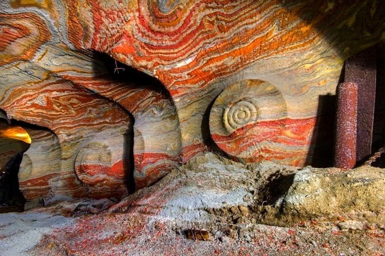 SaltMine01 Психоделическая соляная пещера под Екатеринбургом