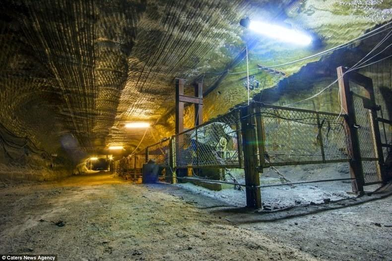 SaltMine03 Психоделическая соляная пещера под Екатеринбургом