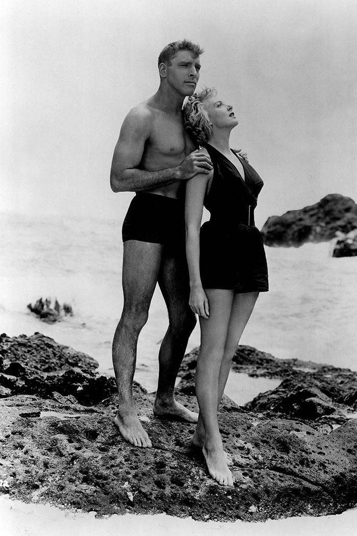 swimsuit02 Ретрошик: 20 легендарных купальников из кино