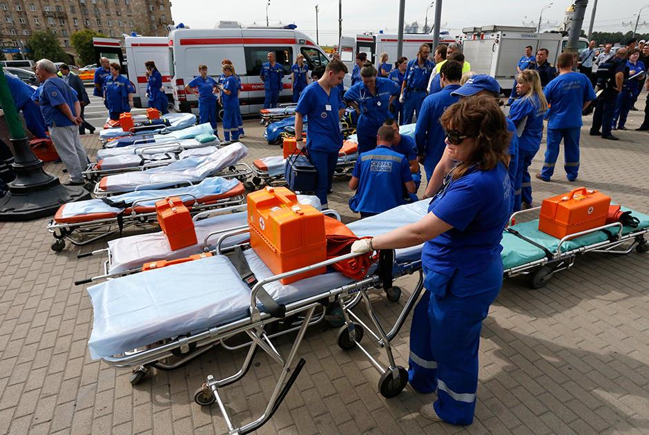 авария около метро парк победы 05.11 Трагедия в метро: авария или теракт?