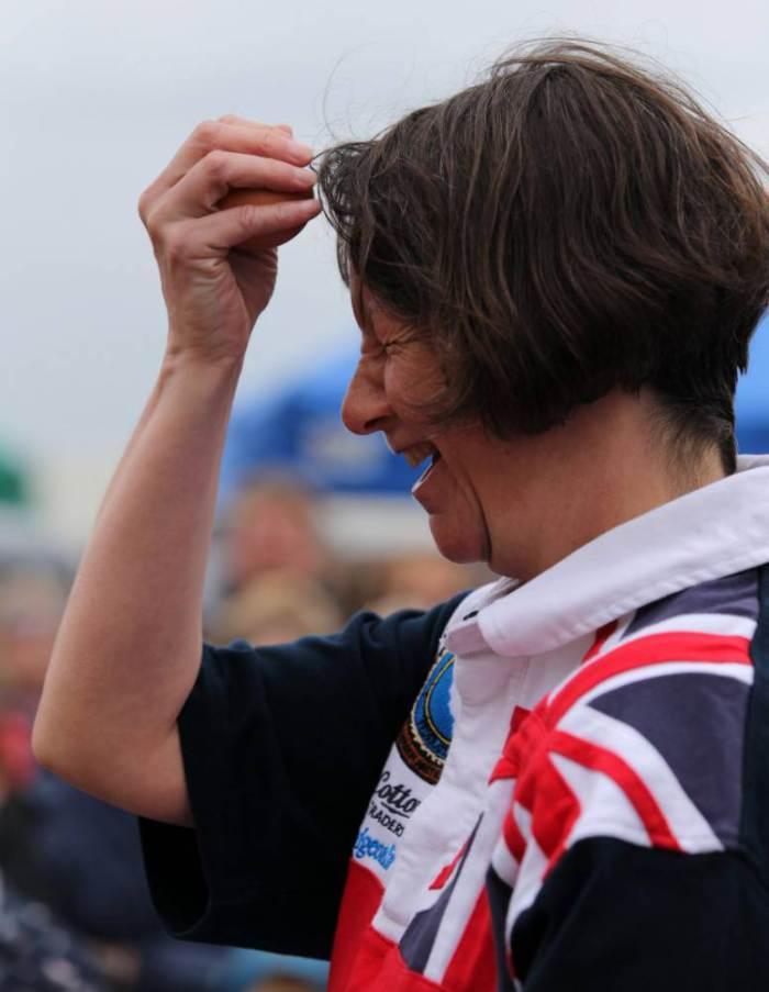 EggThrowing12 Британцы провели мировой чемпионат по метанию яиц