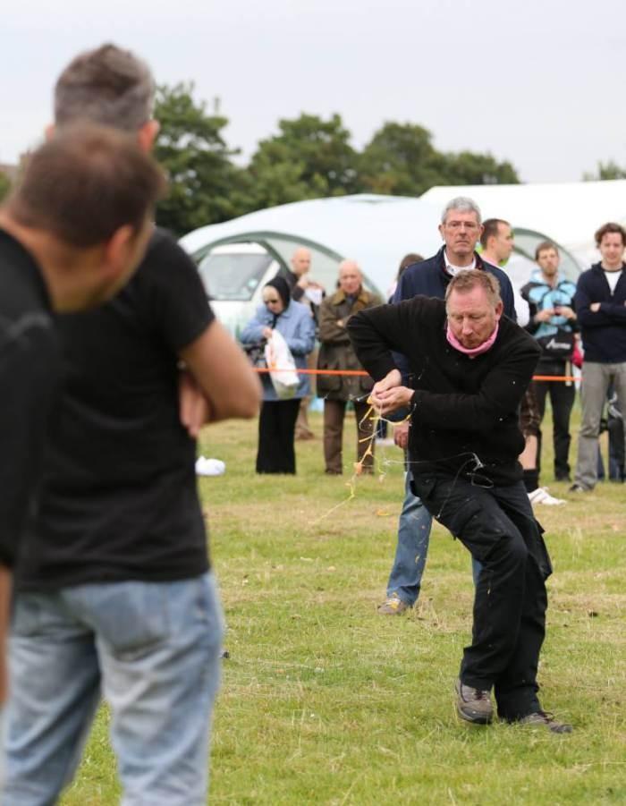 EggThrowing22 Британцы провели мировой чемпионат по метанию яиц