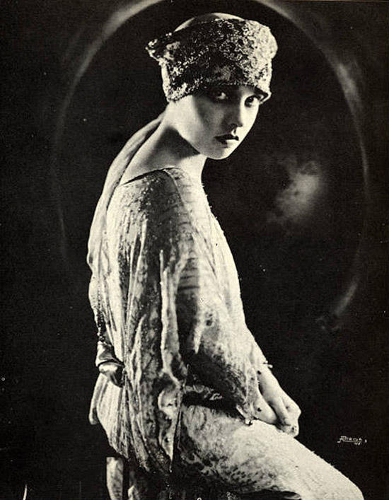 Famousflappers05 Светские львицы 20 х