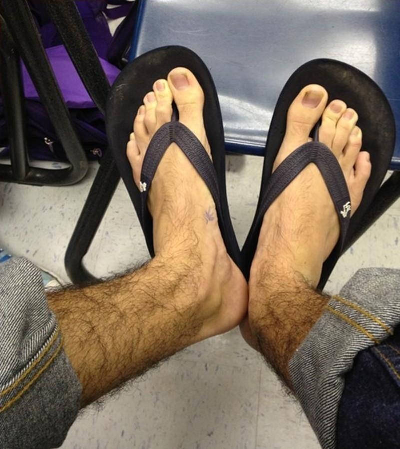 Hairylegsclub11 Тысячи женщин перестали брить ноги и вступили в «Клуб волосатых женских ног»