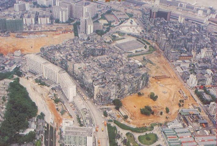 http://bigpicture.ru/wp-content/uploads/2014/07/Kowloon66.jpg
