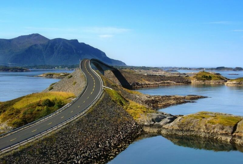 Roads01 800x543 Пристегните ремни: самые волнующие дороги мира