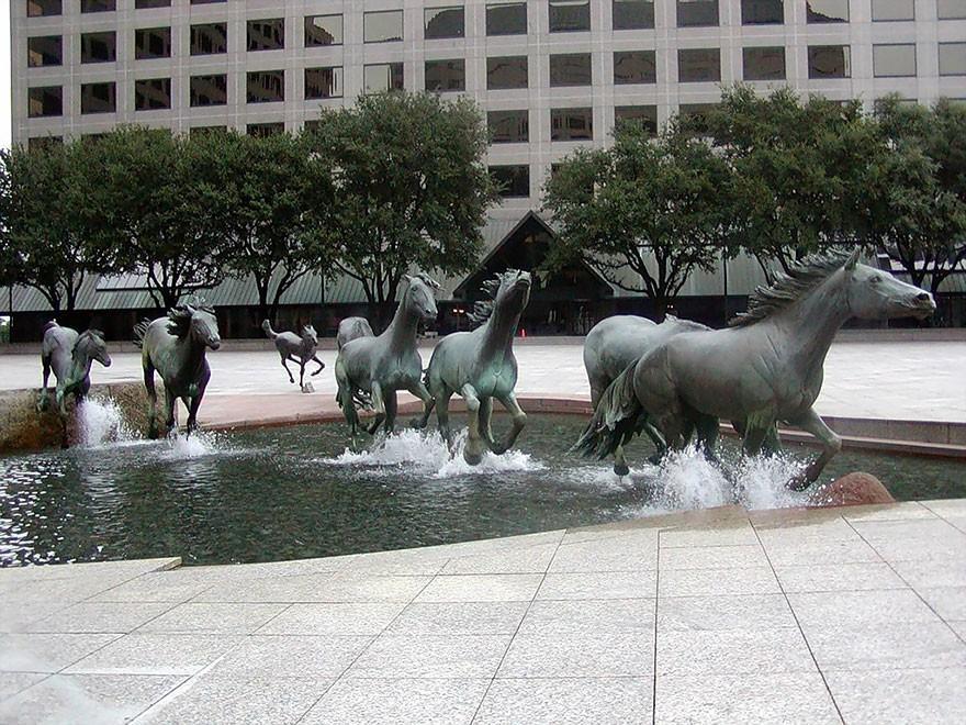 Sculptures01 25 необычных скульптур, о которых вы, возможно, не знали