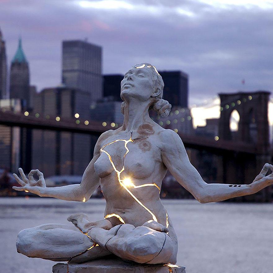 Sculptures02 25 необычных скульптур, о которых вы, возможно, не знали