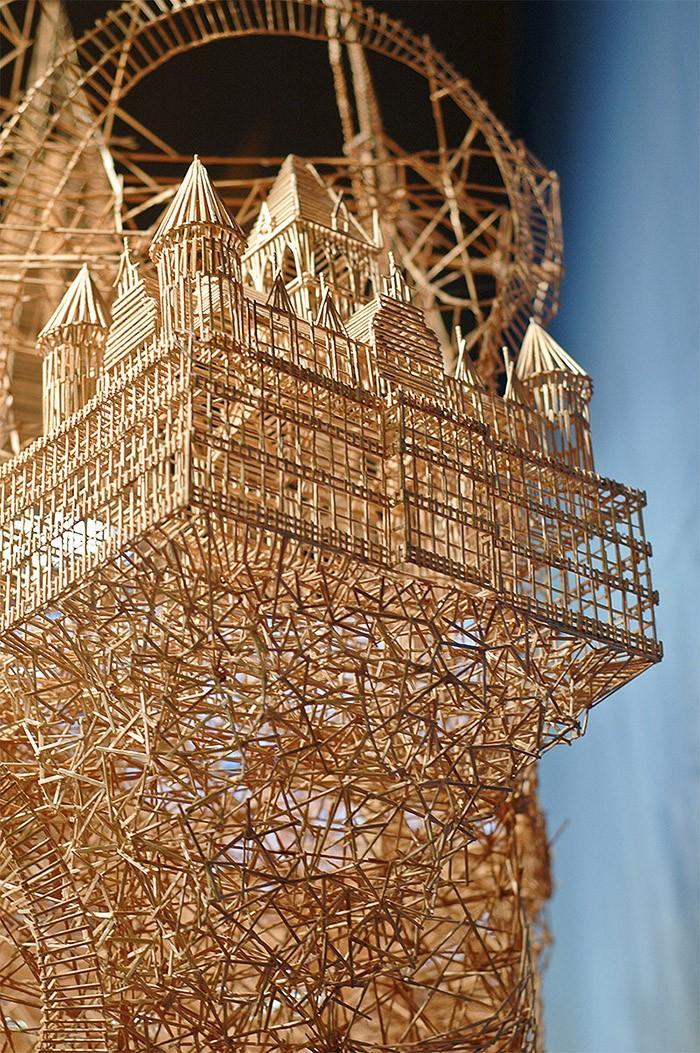 Toothpicks07 Отгадайте, что можно построить из зубочисток