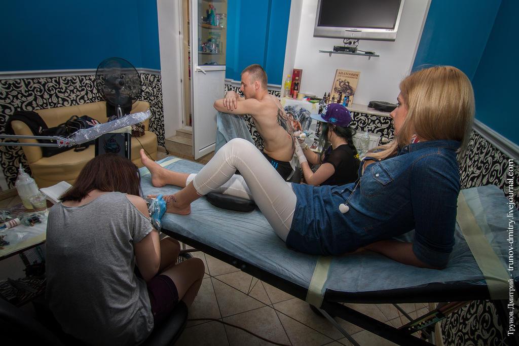 kdink08 Как делается татуировка — специально для девушек
