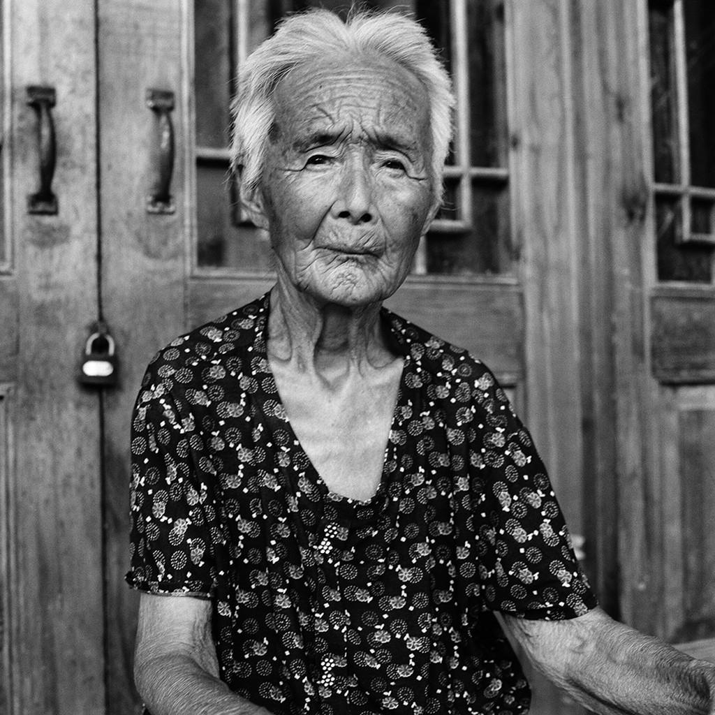 lastfootbinding02 Последние живые китаянки с лотосными ножками