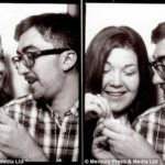 Невеста в шоке: эмоциональные кадры неожиданного предложения руки, сделанного в фотокабинке