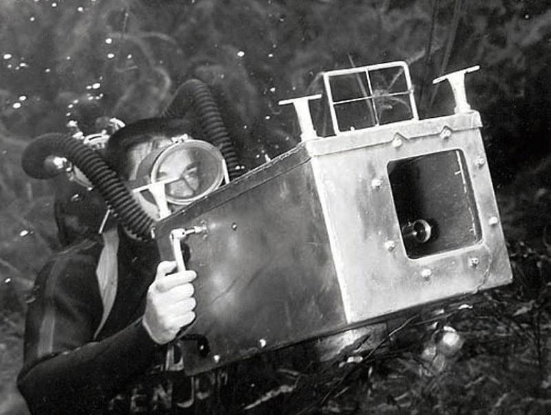 brucemozert20 Фантастические ретрофотографии со дна озера