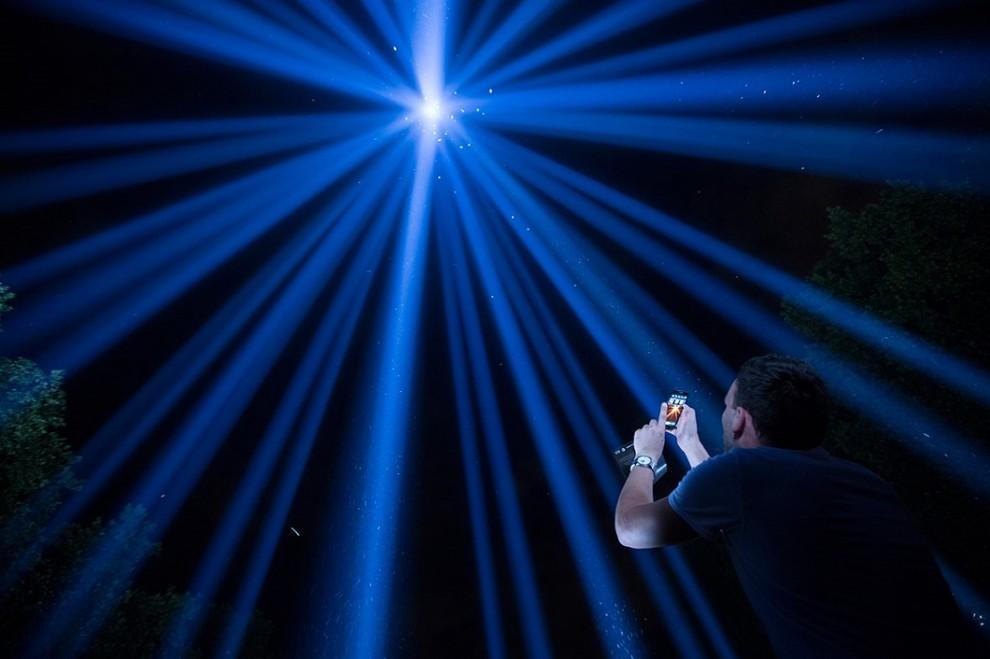 как сфотографировать лучи света дом угловым камином