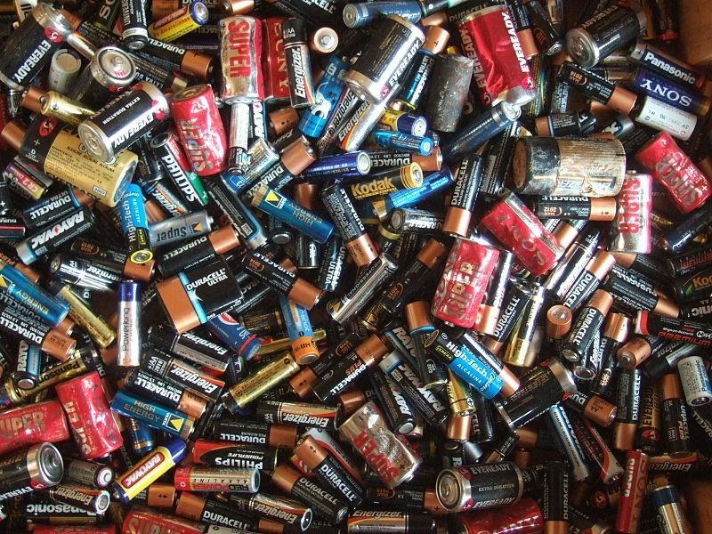 19 предметов, которые не стоит выбрасывать в мусорное ведро