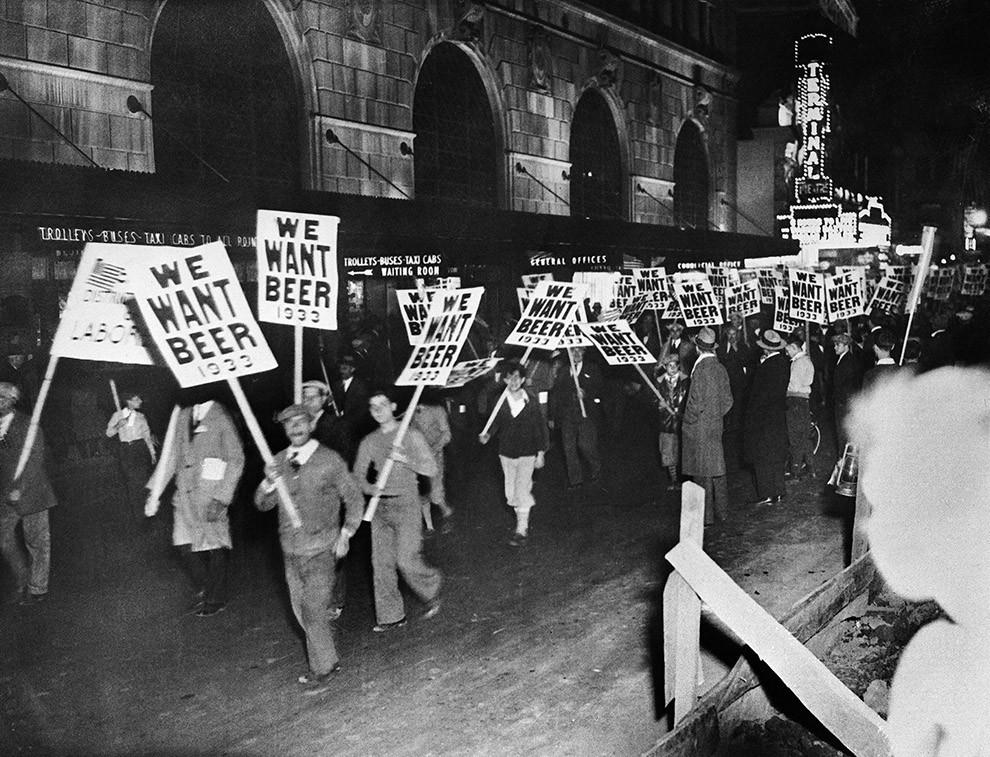 the prohibition in the united states during world war one Never before, perhaps, in the history of mankind has the prohibition of intoxicating liquor been so complete and effective as it has been in russia since the outbreak of war, and never before, certainly, has the world had such an opportunity to see what results total abstinence may bring about, in the united states, and in many other parts of.