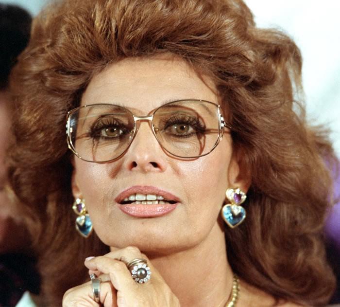 0411 Самой красивой итальянке Софи Лорен 80 лет