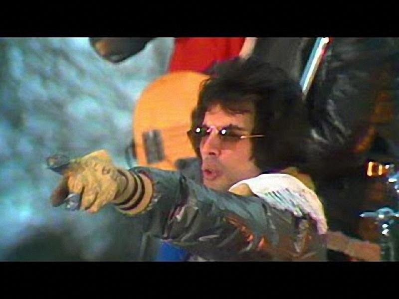 08.1 Самые знаковые песни группы Queen