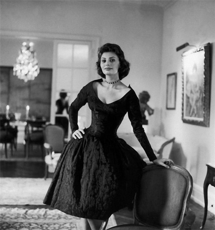 081 Самой красивой итальянке Софи Лорен 80 лет
