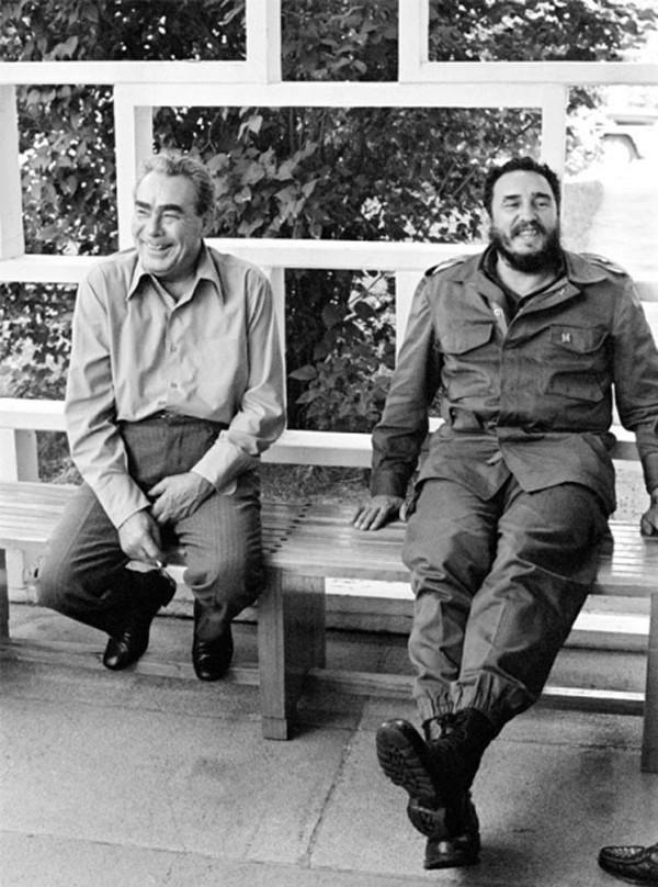 Brezhnev04 Леонид Ильич Брежнев на отдыхе и не только