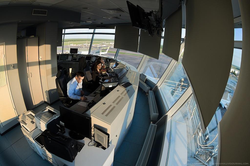 DMEtower02 Как работают авиадиспетчеры